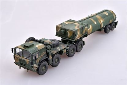 Picture of Nato M1014 MAN Tractor & BGM-109G Ground Launched Cruise Missile